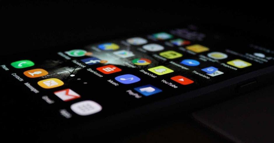 Más de 300 códigos maliciosos se detectaron este año en teléfonos Android