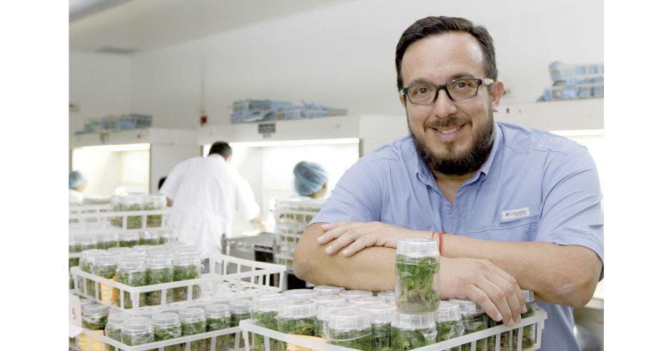 Empresa tica Micro Plantas se alía con la biotecnología para exportar al mundo