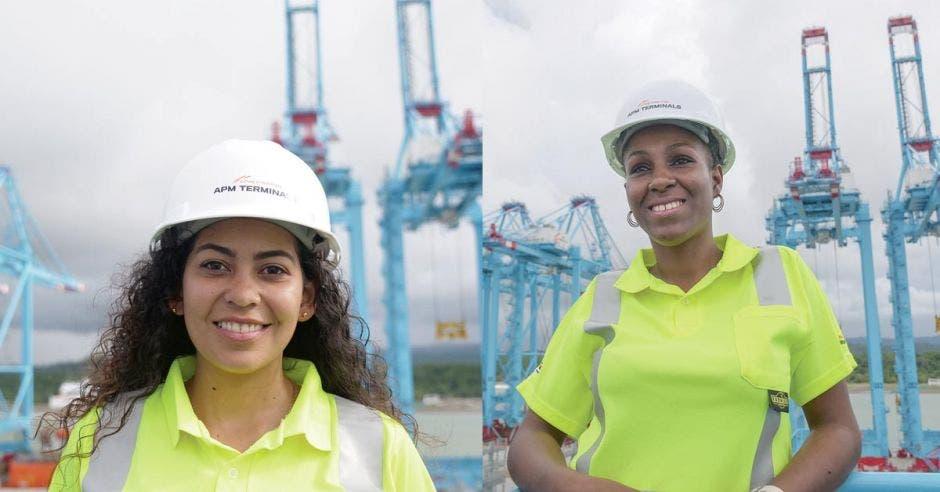 Las dos operarias de APM en el puerto