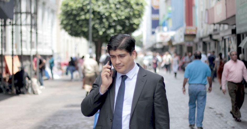 Carlos Alvarado en San José