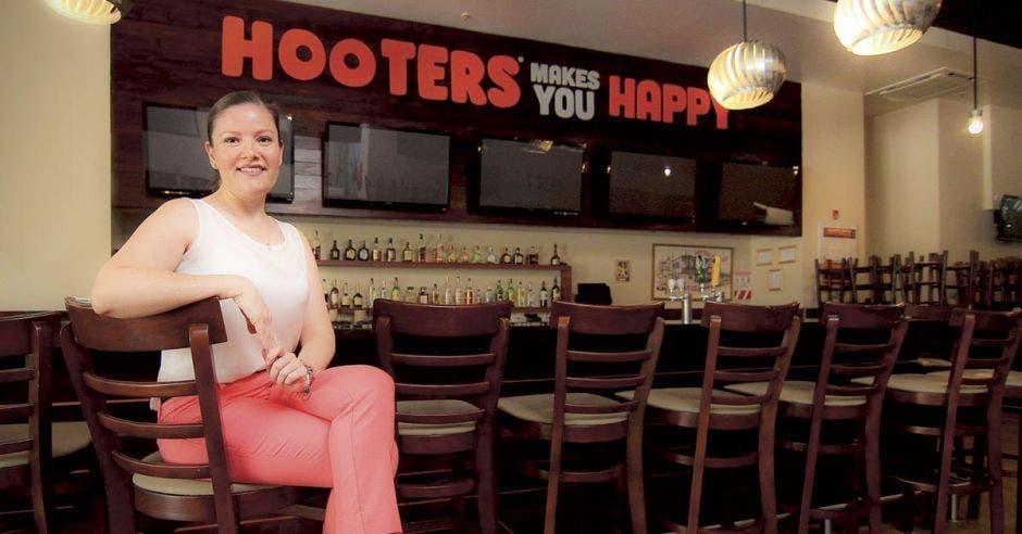 Hooters le invita a vivir una experiencia gastronómica única