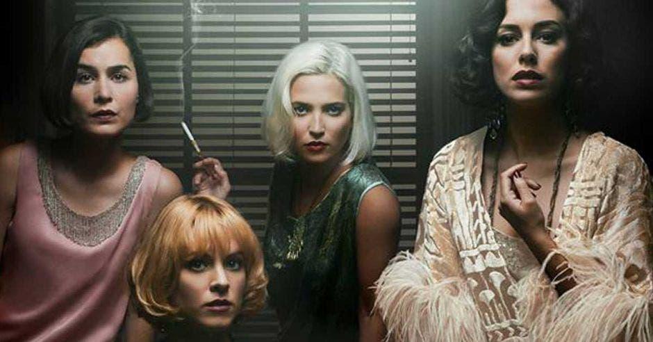 Las chicas del cable elenco