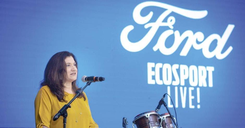 """""""Ford es una compañía inmensamente diversa e inclusiva con las mujeres; nos enorgullece que brinde esas oportunidades"""", señaló Luz Elena del Castillo, directora regional de Ford para Centroamérica y el Caribe."""