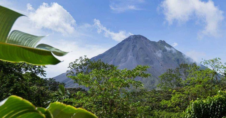 vista del volcán Arenal