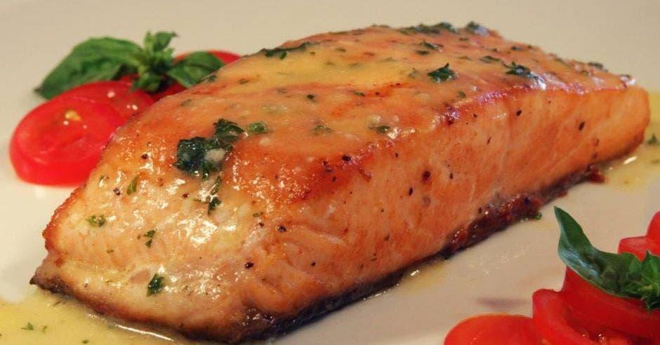 Restaurante Francesco Terraza Italiana: Salmón en salsa de piccata