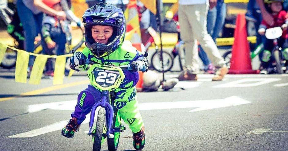Celebre Día del Niño de manera única realizando actividad deportiva
