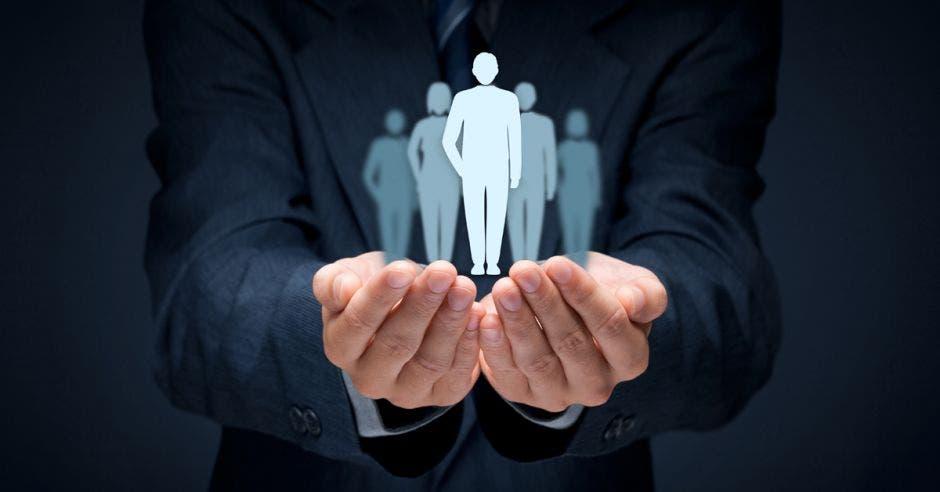 Meta de empleo será dada a conocer en noviembre