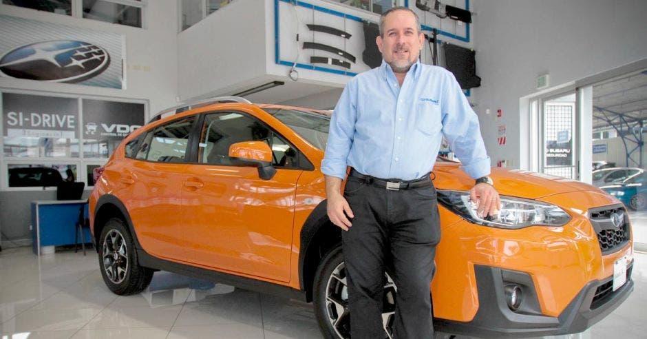 Mario Fernández, gerente de Ventas de Auto Subaru Costa Rica.