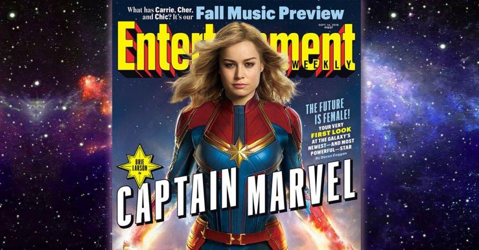 Sale la actriz Brie Larson en una portada del comic como la Capitana Marvel