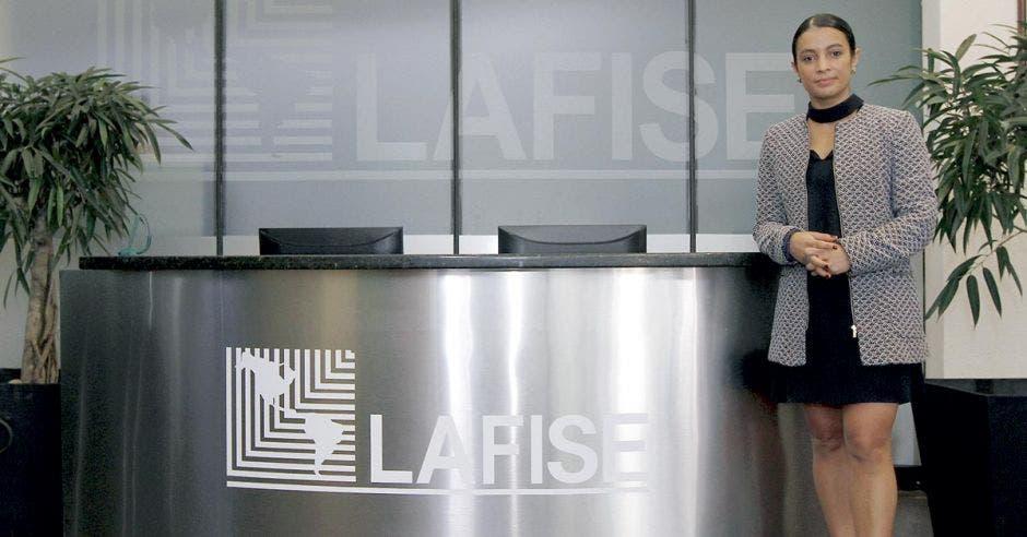 Clientes de Lafise podrán monitorear sus cuentas desde un app