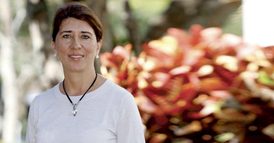 Edna Camacho, coordinadora del equipo económico