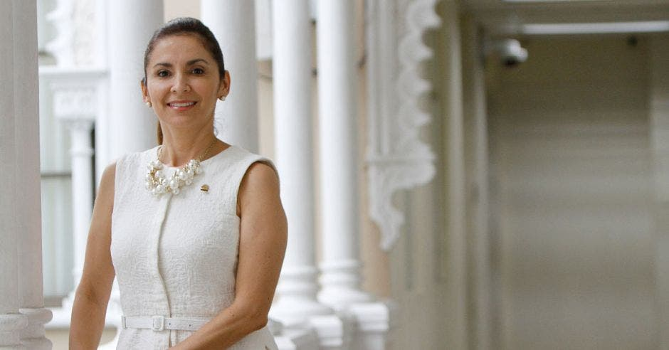 Silvia Hernández, diputada de Liberación Nacional.