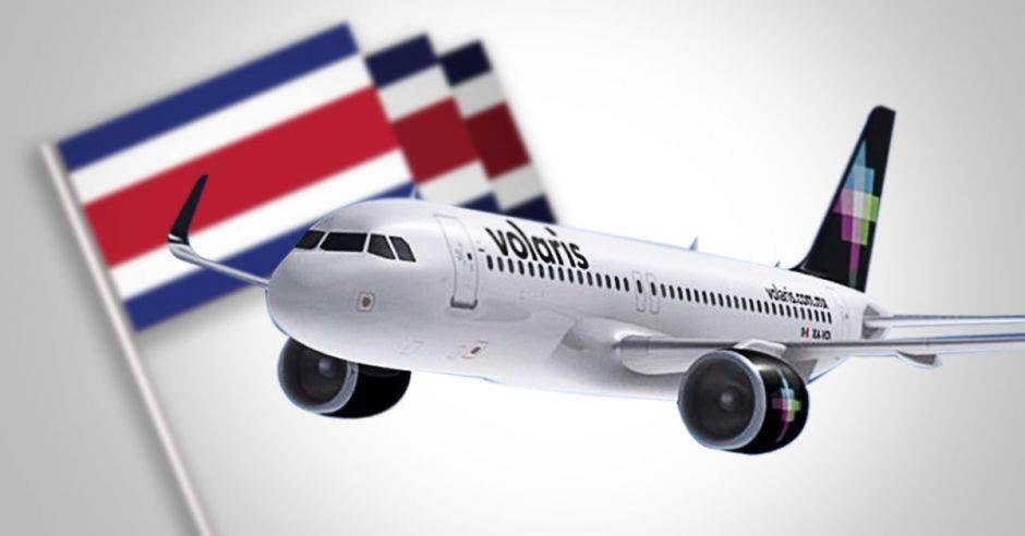 Un avión de Volaris sobre una bandera de Costa Rica