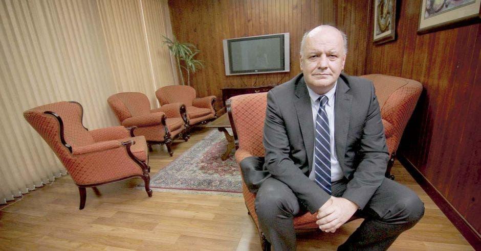 """Rodolfo Piza: """"Impuestos dependen de diputados y no del gobierno"""""""