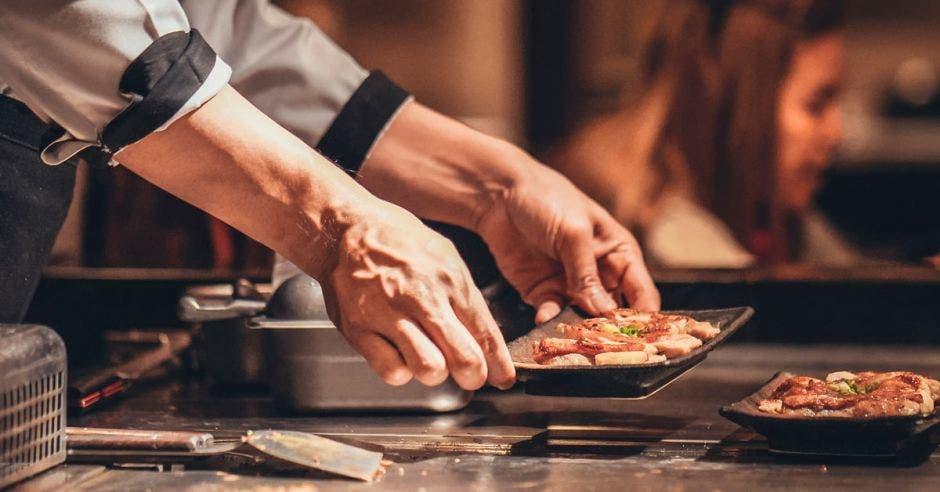 Santa Verde abrió en Heredia primer mercado gastronómico