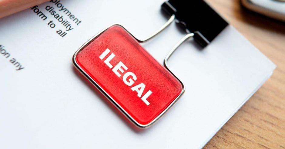 Legalidad de plan fiscal pende de un hilo