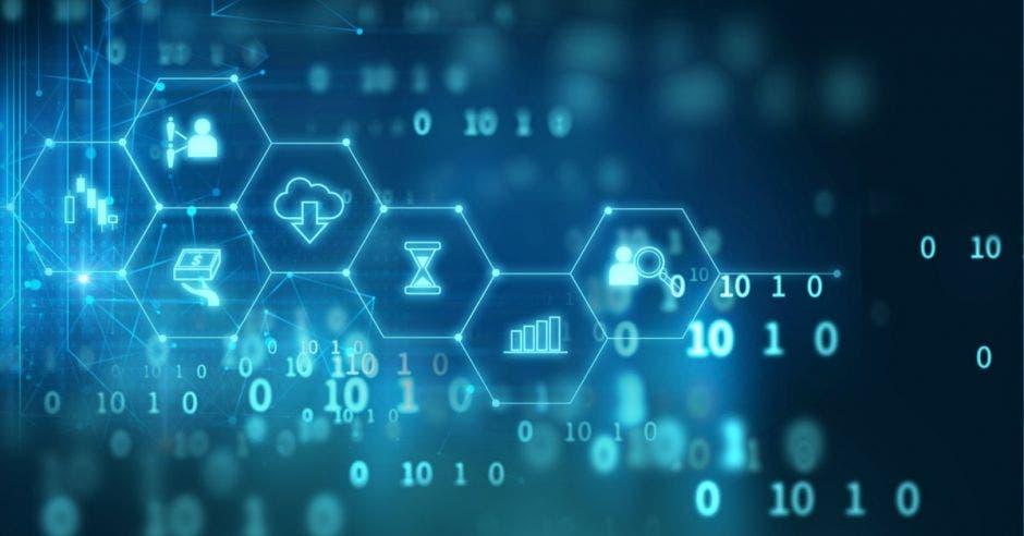 Unos signos de finanzas representados en forma digital