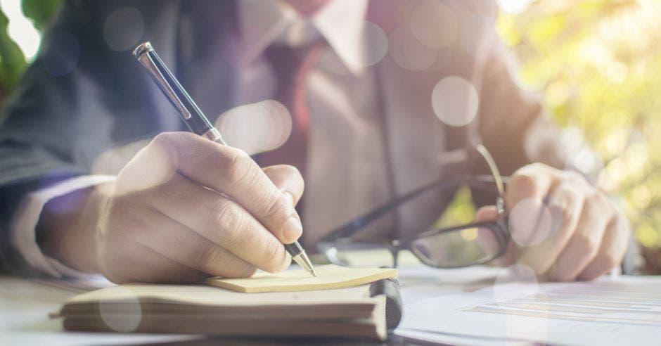 Los servicios en derecho y notarial cambian