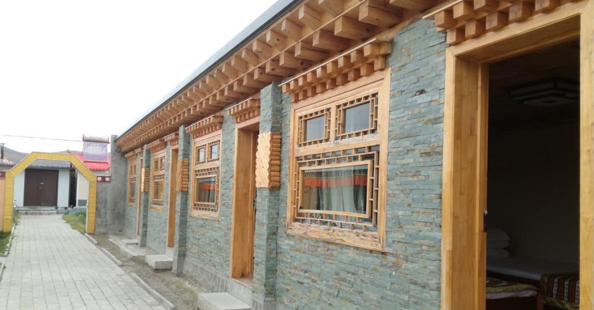Las habitaciones construidas por los pobladores desde afuera