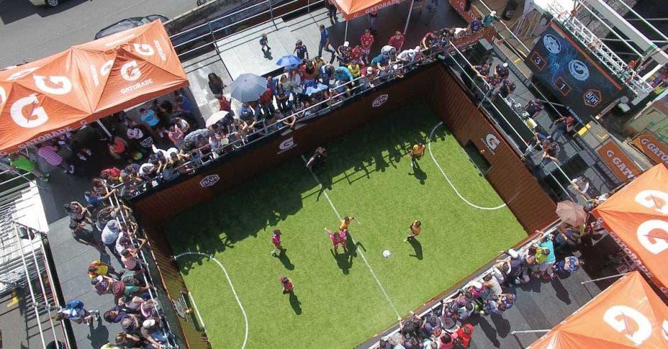 Las finales se jugarán en un barco estadio.