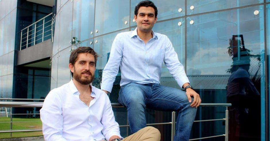 Daniel Quesada, gerente de País de Hugo y Alejandro Argumedo, confundador y CEO.