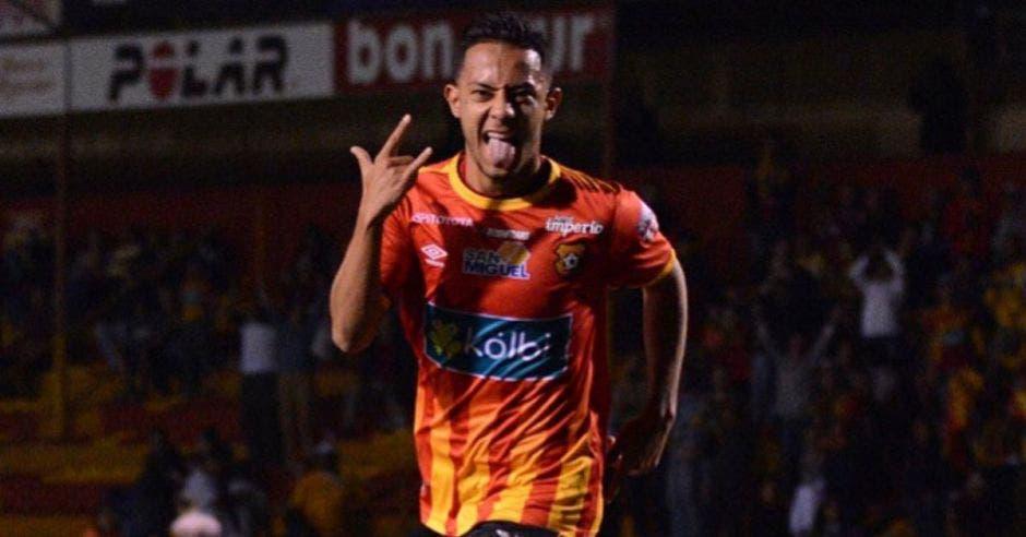 Jimmy Marín, fuerte candidato a asumir las funciones de Ruiz.