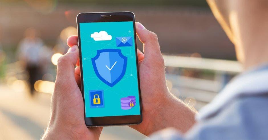 Una pantalla de celular con detalles de seguridad