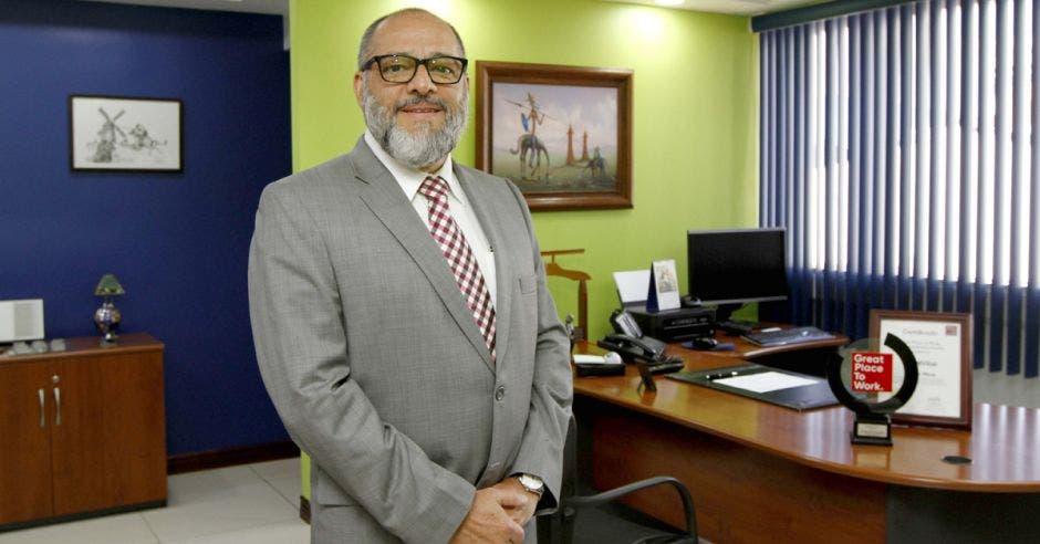Hermes Alvarado