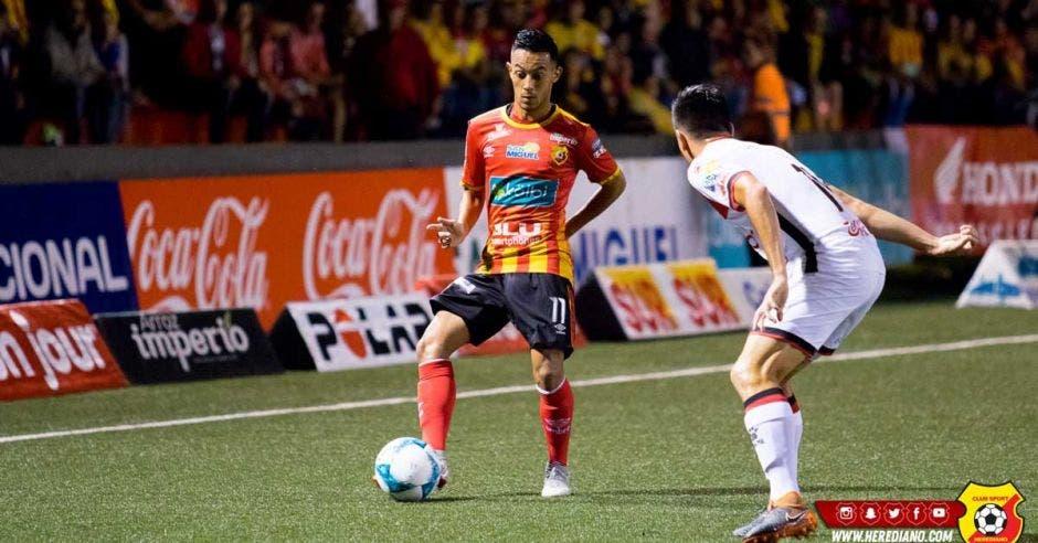 Jimmy Marín fue lo mejor en el ataque Herediano. Facebook Herediano/La República