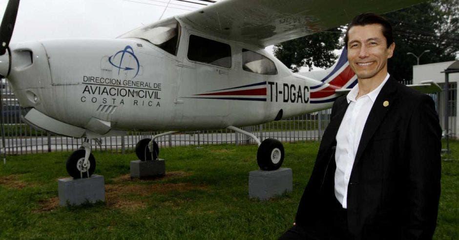 Guillermo Hoppe, director de Aviación Civil