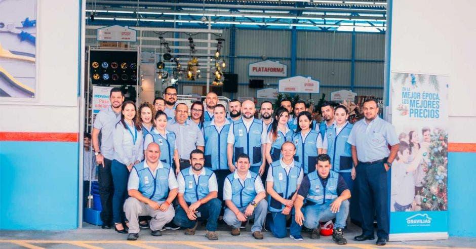 El proyecto se ve reflejado hoy, luego de muchos meses de trabajo de la mano con la Municipalidad de Alajuelita, la cual apoyó la iniciativa que genera 38 nuevos puestos de trabajo en la zona. Cortesía Las Gravilias/La República