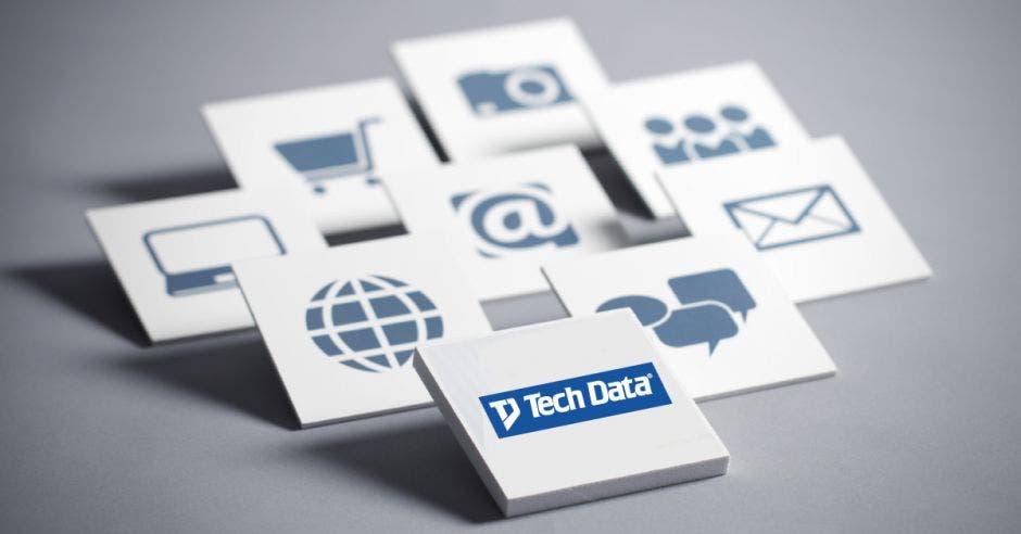 Logo de tech data color azul