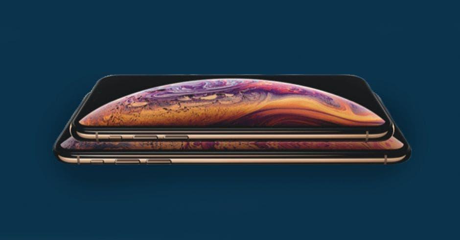 El celular iphone XS en sus dos versiones
