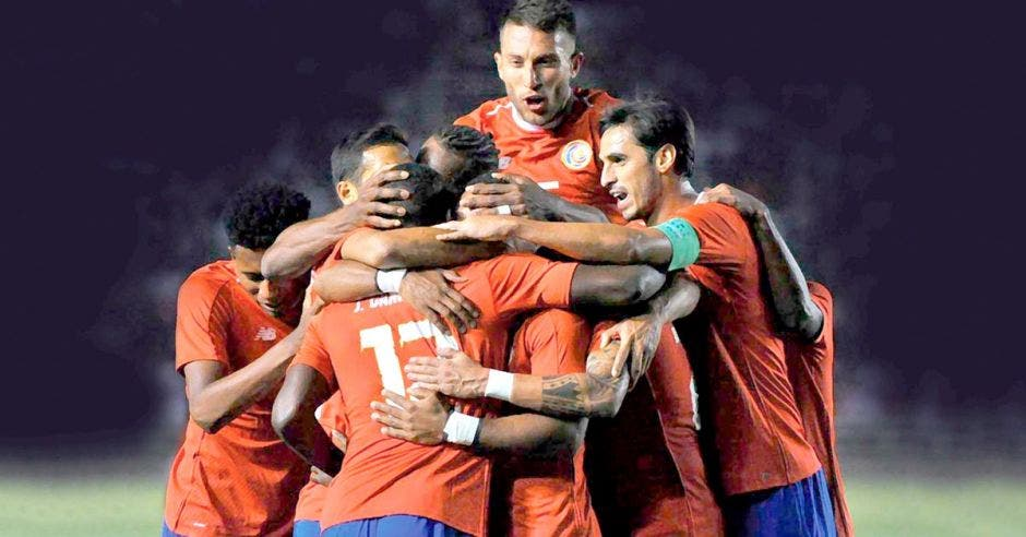 Costa Rica realizó uno de sus peores Mundiales pero posteriormente encontró figuras jóvenes para comenzar un nuevo proceso. FIFA MUNDIAL/La República
