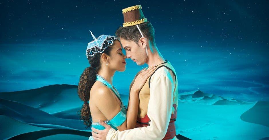 Los protagonistas de Aladino y Jasmín en personas