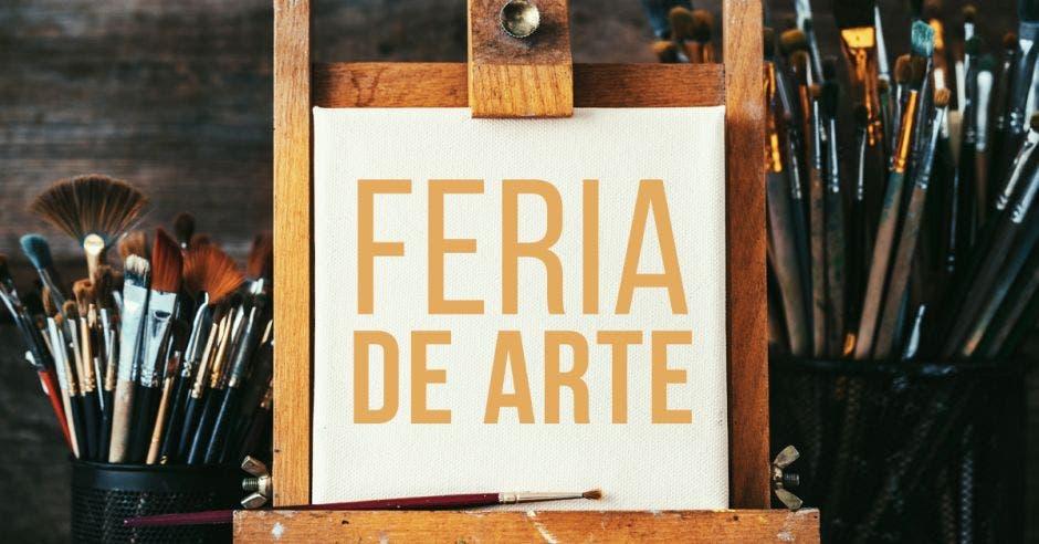 Una ilustración de caballete que dice Feria de Arte