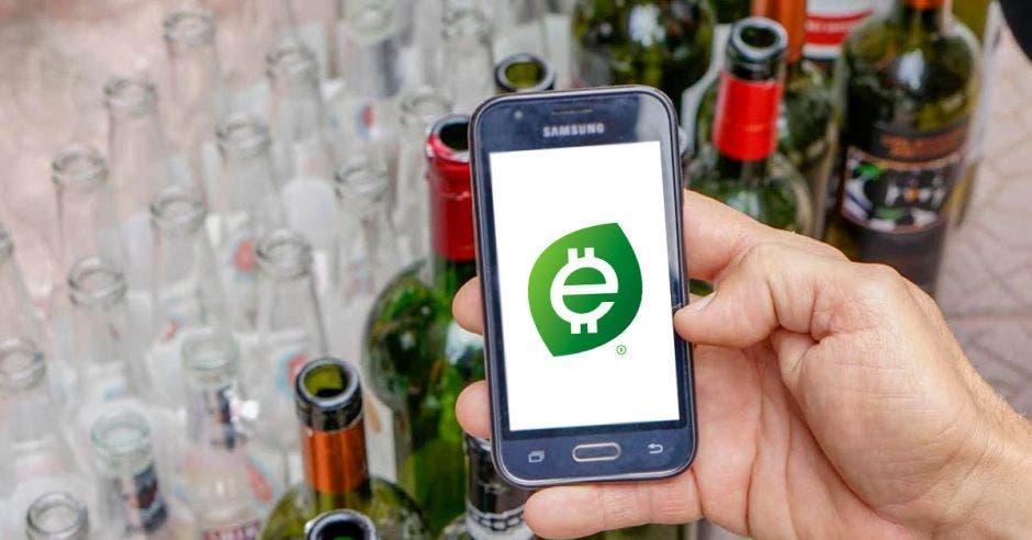 Un celular con el logo de ecolones