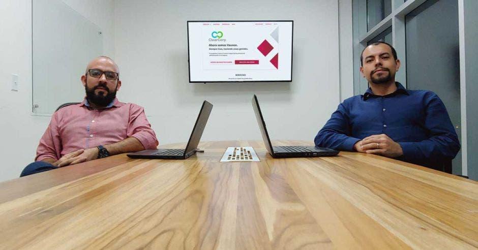 arlos Vásquez y José Pablo Tijerino, socios y fundadores de ClearCorp