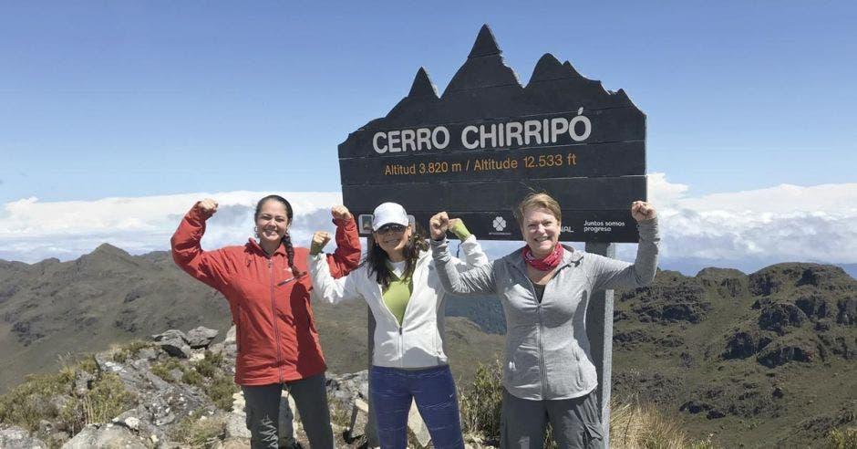 La caminata puede tardar de seis a ocho horas entre los paisajes más encantadores del cerro Chirripó. Cortesía Hiking Chirripó CR/La República