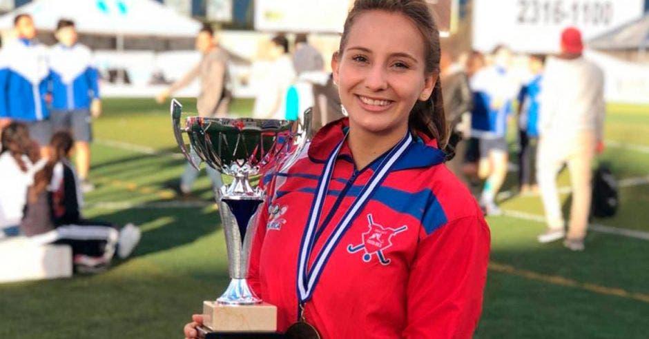 Daniela Solano logró la anotación que les dio el campeonato a las nacionales. Cortesía Alessandro Hernández/La República
