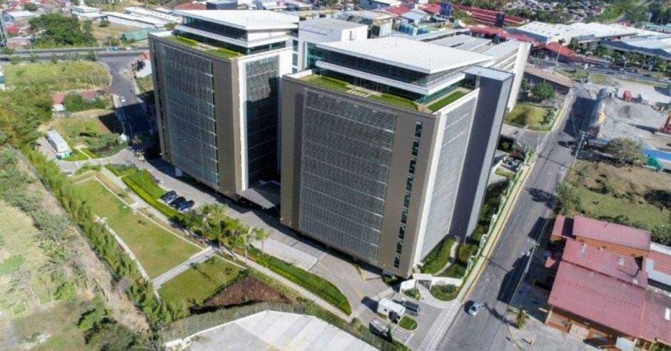 torres de oficinas