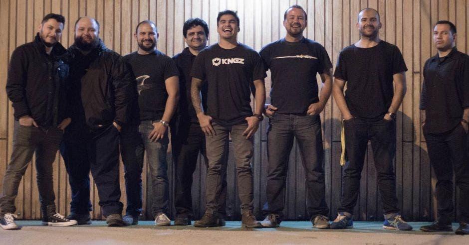 El grupo espera sacar su siguiente canción para inicios de este año.