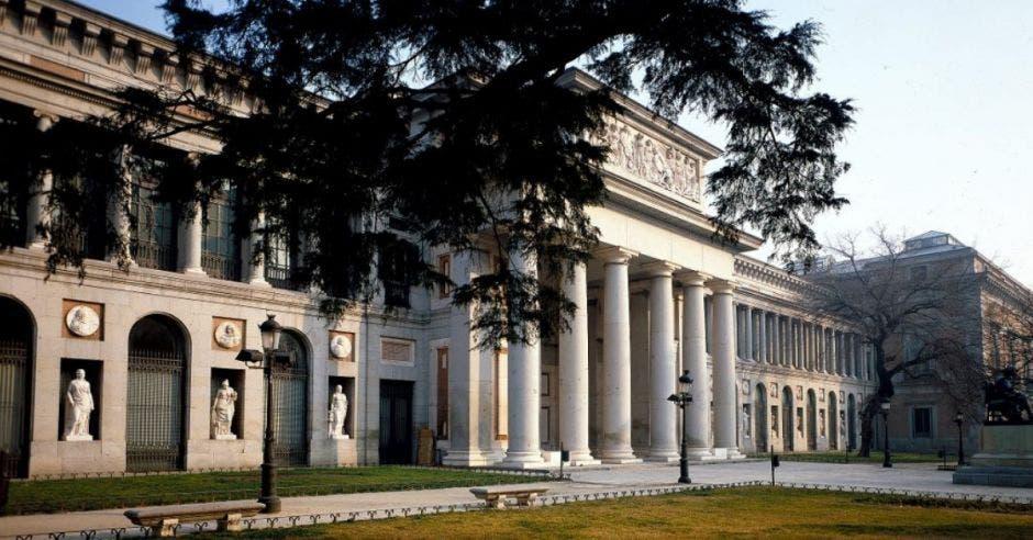 fachada Museo del Prado