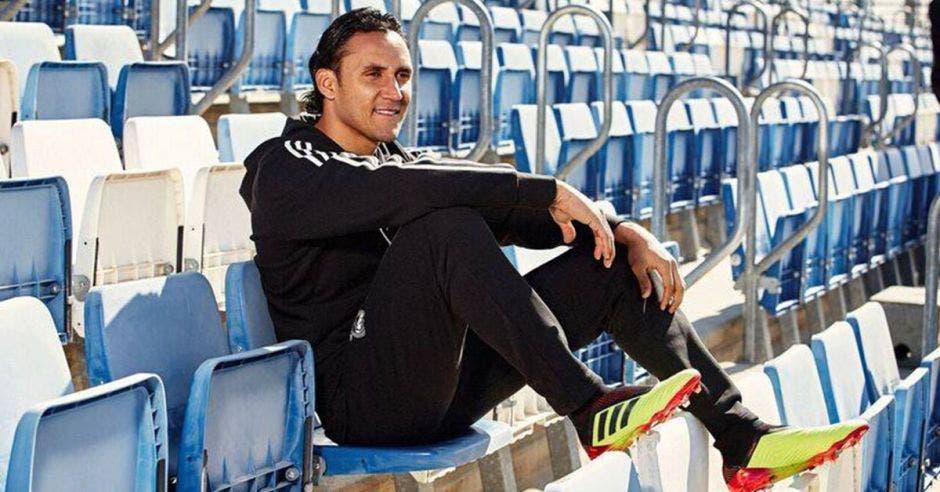 Keylor Navas solo ha sido titular en dos encuentros del actual campeonato español. Foto tomada del Facebook del Real Madrid/La República