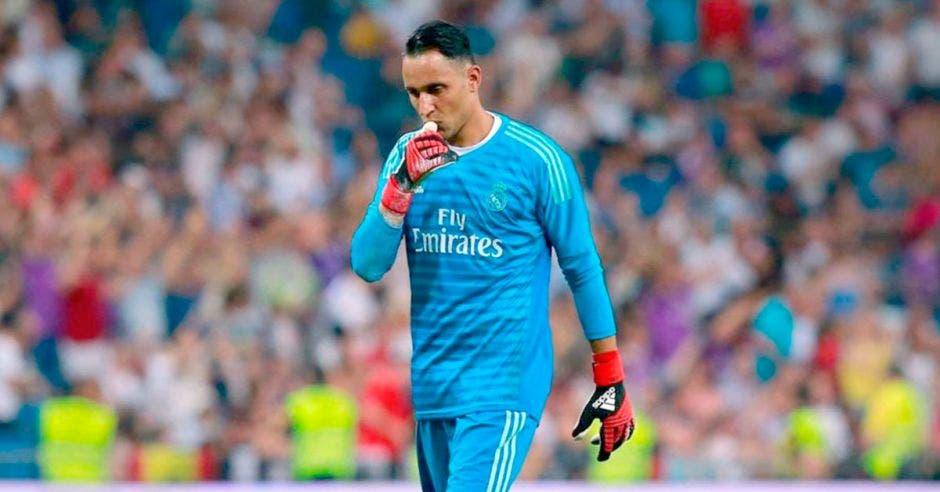 Desde que ganó la tercera Champions con el Real Madrid, Keylor Navas no ha sumado minutos con el conjunto estelar. Wikimedia/La República