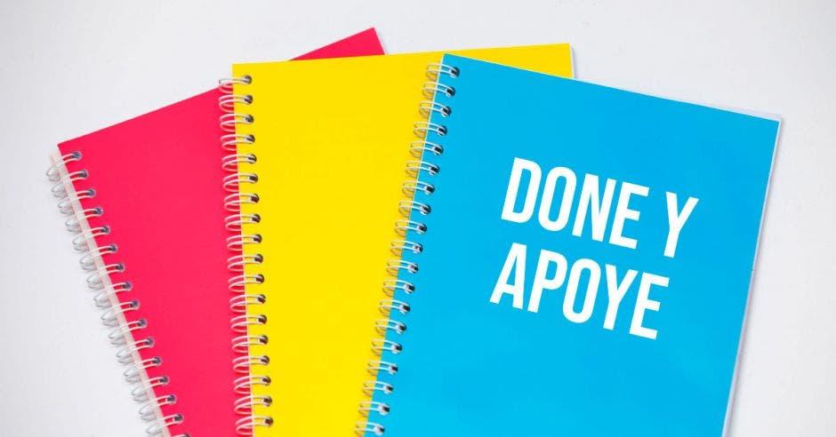 Donación de cuadernos