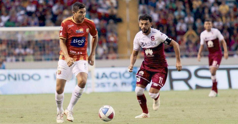 Los principales partidos del Clausura 2019 del campeón nacional en casa se podrían transmitir en exclusiva por Tigo Sports. Archivo/La República