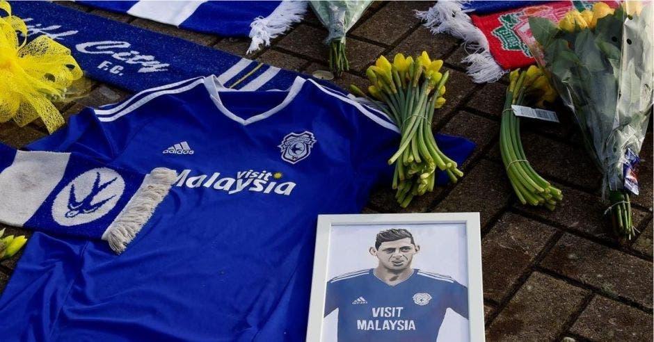 Un memorial en honor a Emiliano Sala
