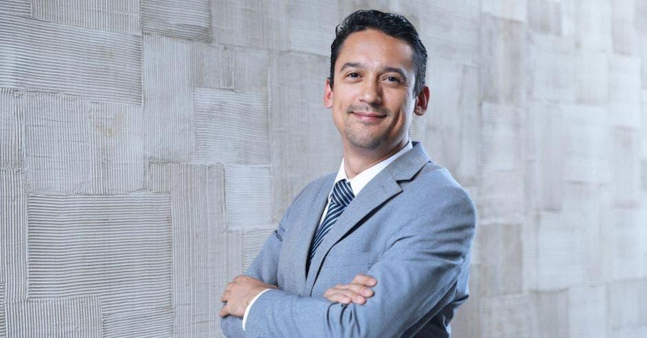 Carlos Enrique Alvarado, presidente de ACAE