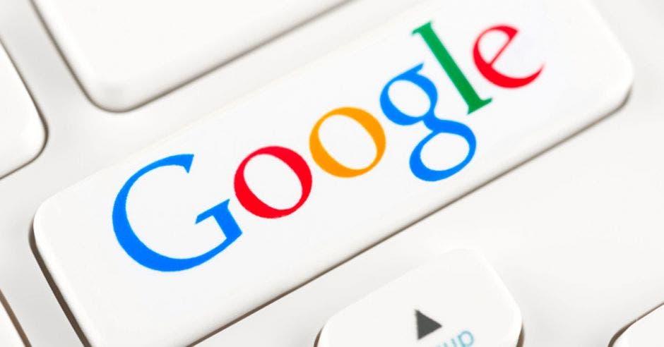 Google recomienda respaldar las fotos de la plataforma. Archivo/La República